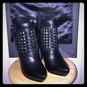 Almost new Rock & Republic ALL Leather Booties